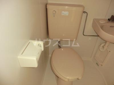 サンライト日吉 206号室のトイレ