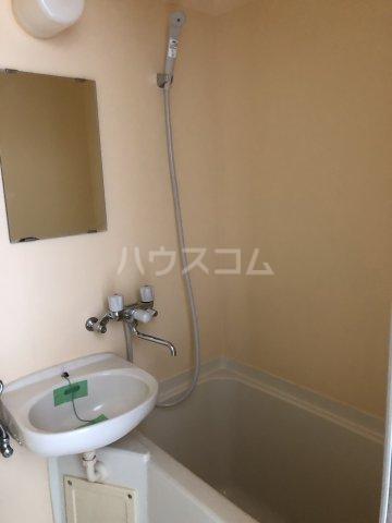 ビケンアーバンス 204号室の風呂