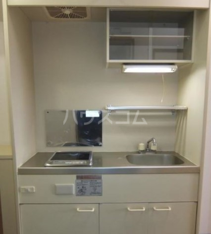 吉成荘 201号室のキッチン