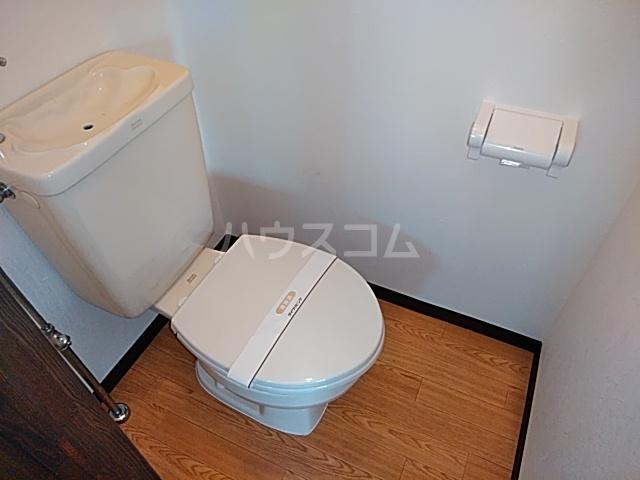 クローカスA 105号室のトイレ