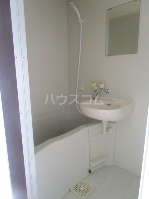 アーバンハウス 201号室の風呂