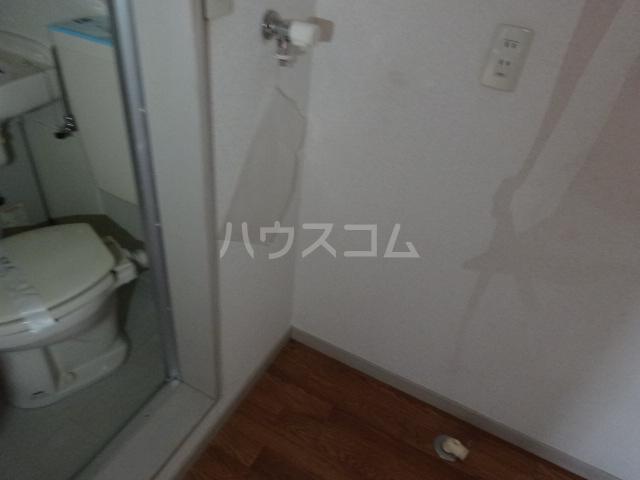 スカイコート 202号室の玄関
