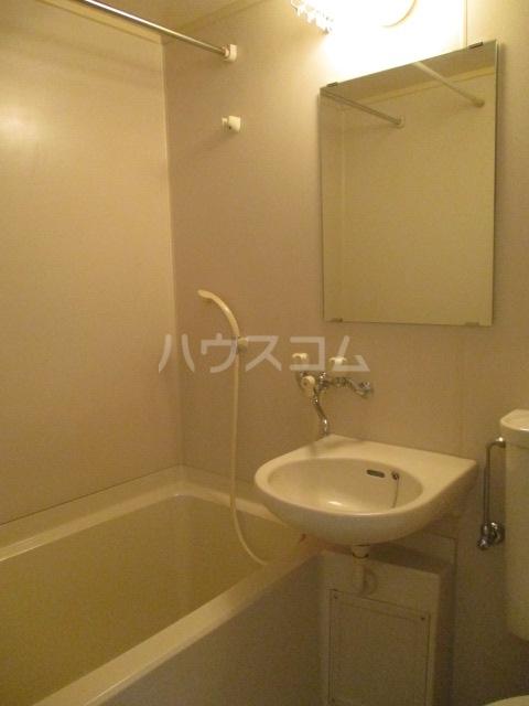 エイペックス新丸子 201号室の風呂