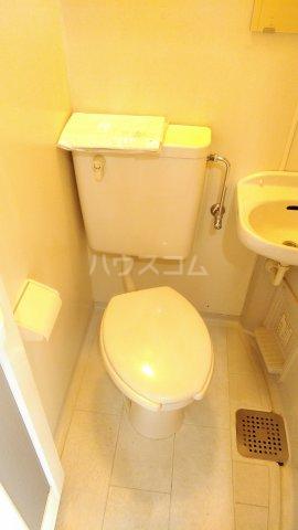 日吉第一QSハイム 303号室のトイレ