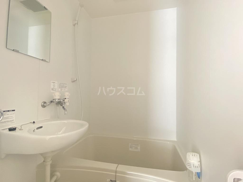 グリーンメゾン ヨシノ 102号室の風呂