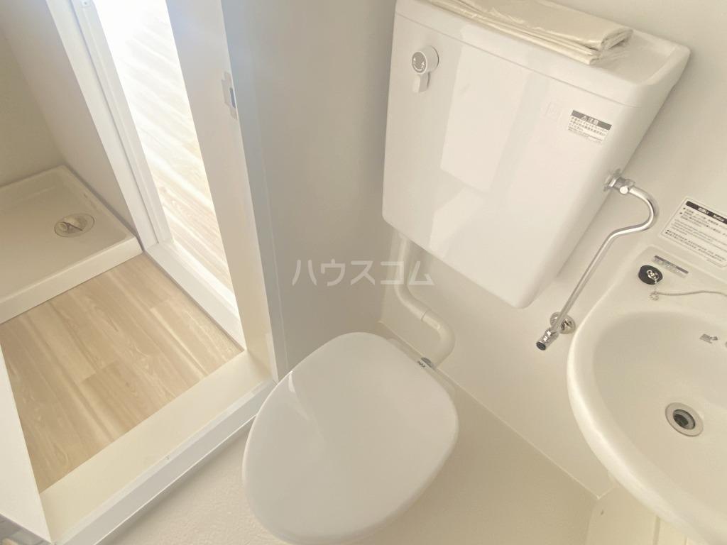 グリーンメゾン ヨシノ 102号室のトイレ
