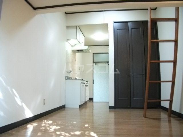アネモネコーポ 102号室の玄関