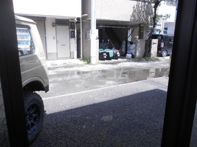 バラオリトウ 101号室の駐車場