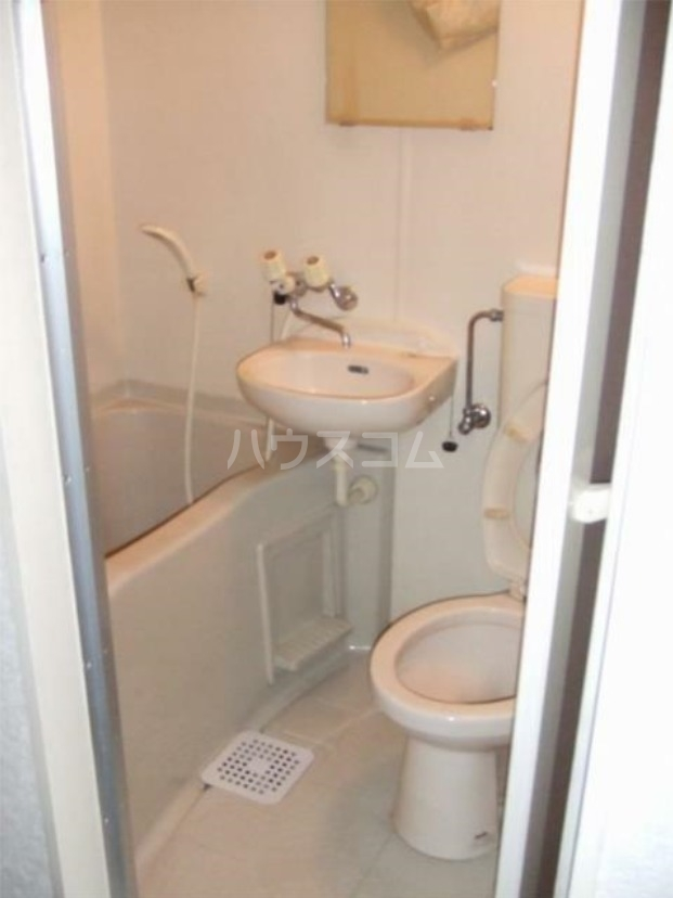 メゾン・プラネット 310号室の洗面所