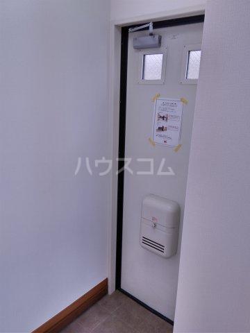 パルU 201号室の玄関