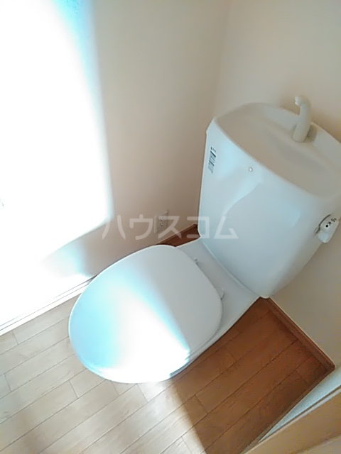 ディアコート日吉 202号室のトイレ