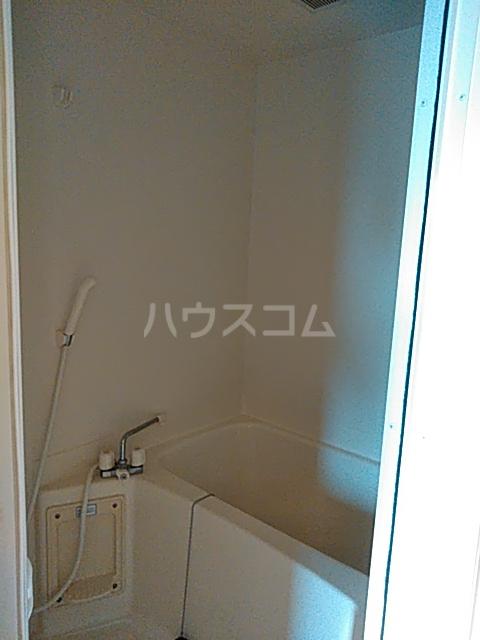 ディアコート日吉 202号室の風呂