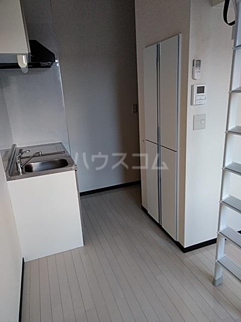 Will日吉本町弐番館 204号室のリビング