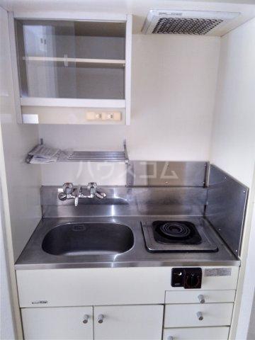 トップ片倉第1 206号室のキッチン