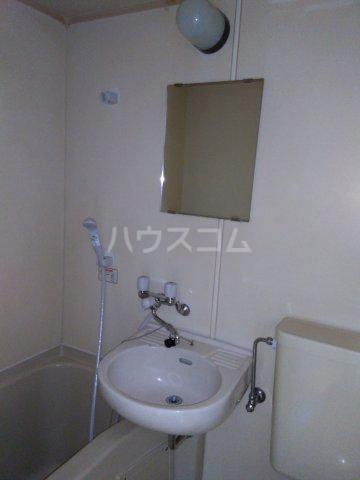 トップ片倉第1 206号室の洗面所