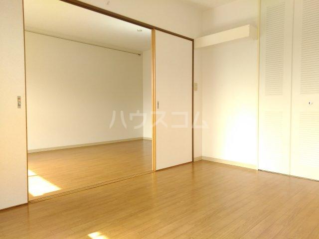 カサベルデ桜街道 203号室のリビング