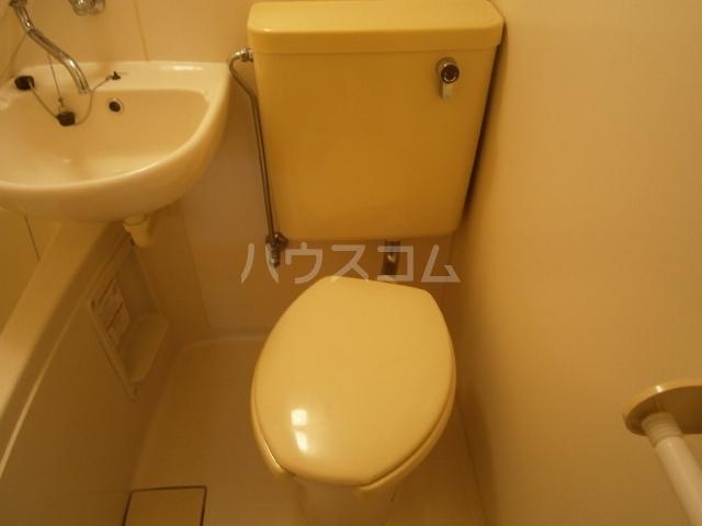 T-92 201号室のトイレ