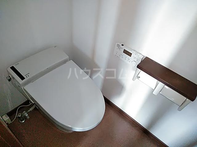 箕輪町1丁目戸建のトイレ