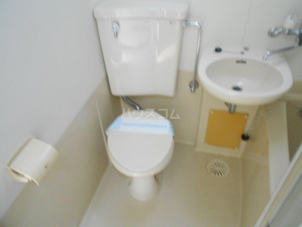 トップ妙蓮寺第2 304号室のトイレ