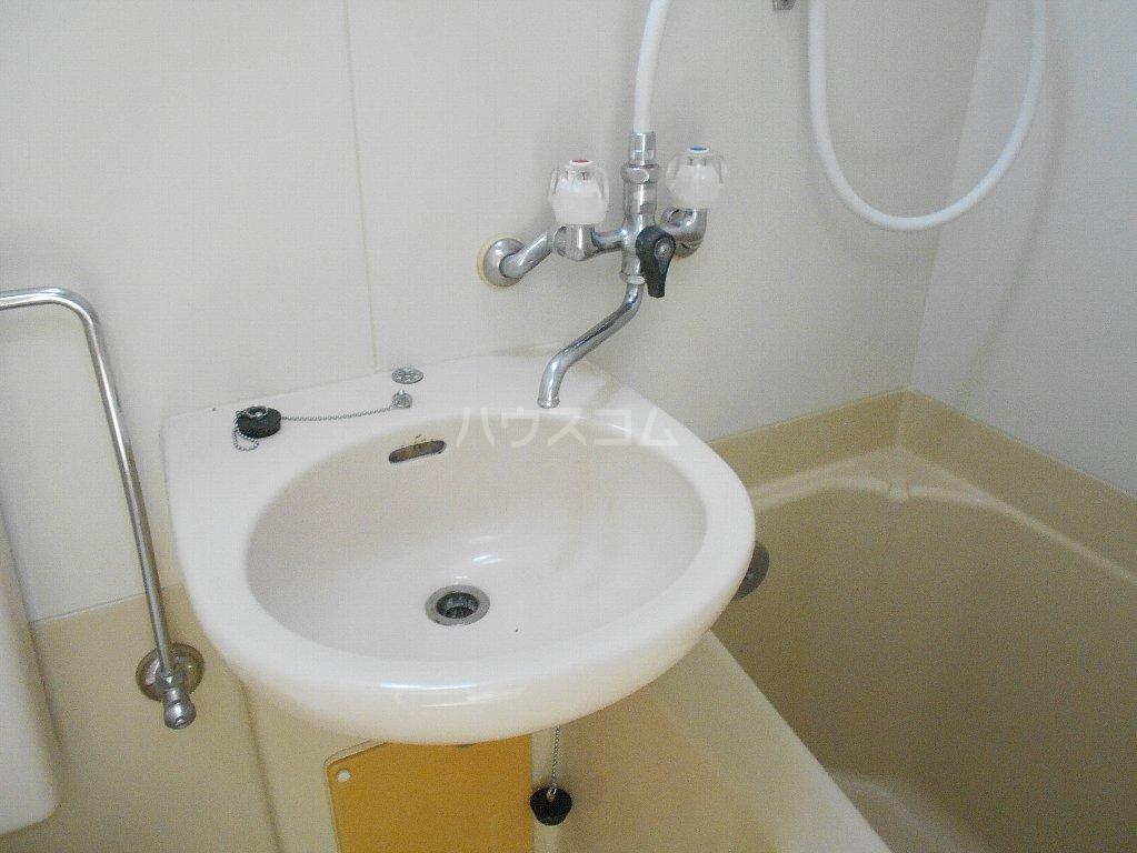 トップ妙蓮寺第2 304号室の洗面所