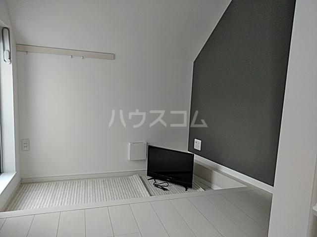プライムテラス立川羽衣町 203号室のリビング