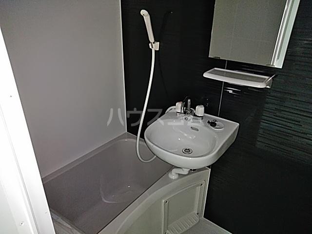 プライムテラス立川羽衣町 203号室の風呂