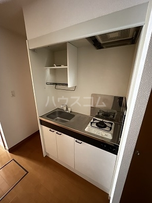 La-famille mikko A-1号室のキッチン