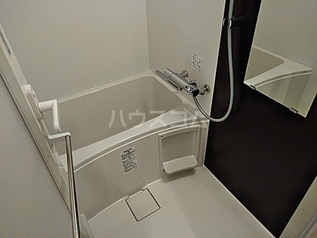 メインステージ立川Ⅲ 302号室の風呂