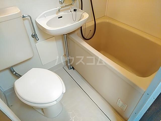 ウィーンハイツ 101号室の風呂