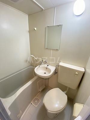 ルミエール光町 401号室の風呂