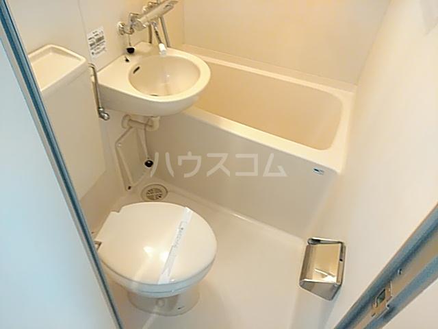 ポイントリューズ 201号室の風呂
