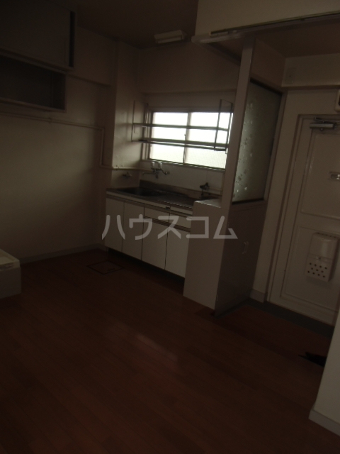 ハイネス渡田 304号室の居室