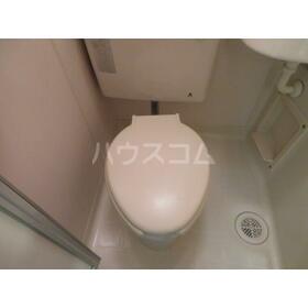 エバーグレース西府 311号室のトイレ