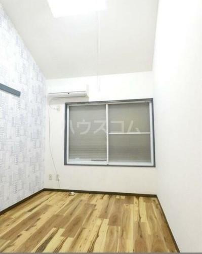 PALACE東神奈川 202号室のリビング
