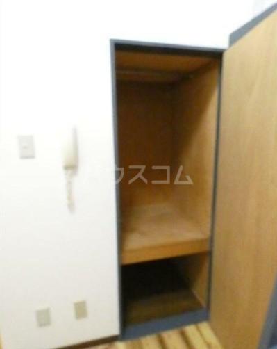 PALACE東神奈川 202号室の収納