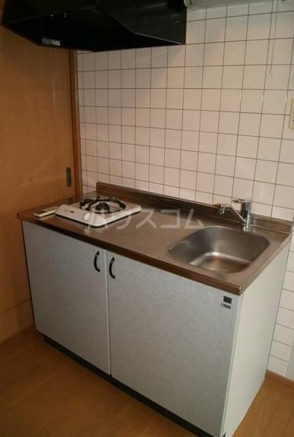 サンハイツ 101号室のキッチン