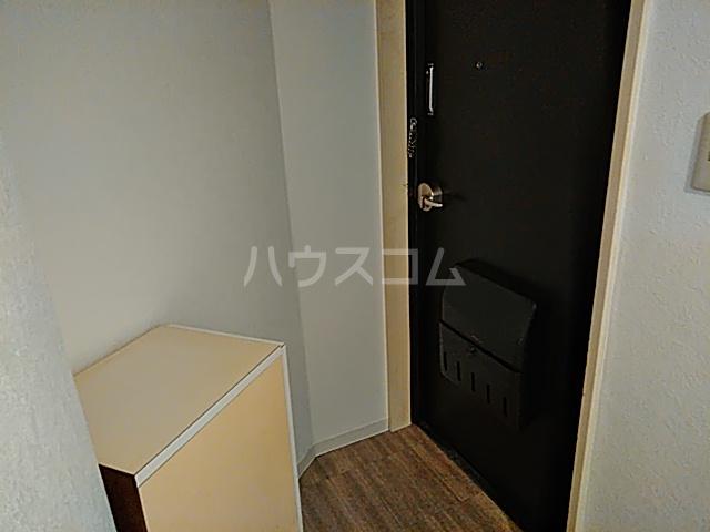メゾン・ド・ノア・ロゼ錦町 0301号室の玄関