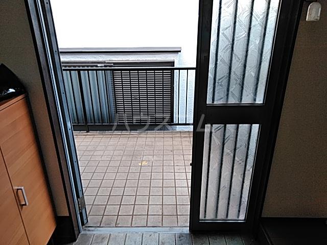 太田ハイツ 2号室の玄関