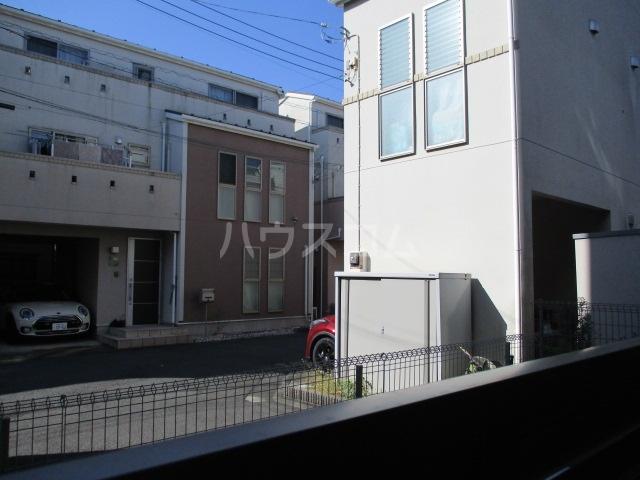 レラ武蔵新城 102号室の景色