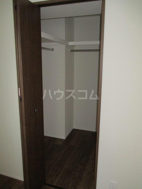 レラ武蔵新城 102号室の収納