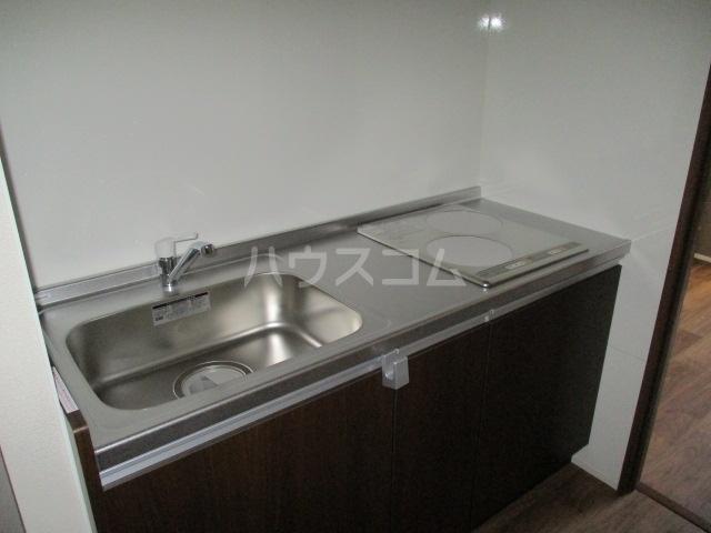 レラ武蔵新城 102号室のキッチン