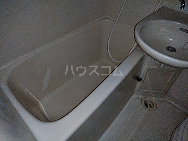 SKCパレス 203号室の風呂