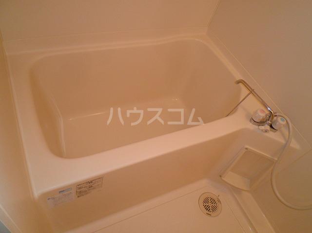 ルネス木嶋 302号室の風呂