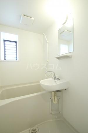 アミアス大森 303号室の風呂