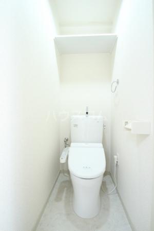 アミアス大森 303号室のトイレ