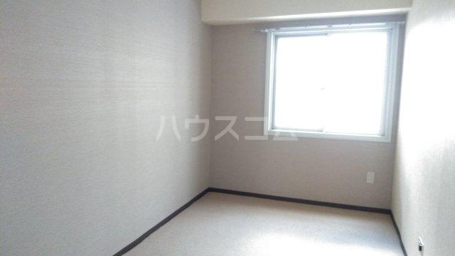第2セントラルコーポ 0610号室の居室