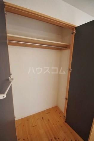 ホームズ桜坂 101号室の収納