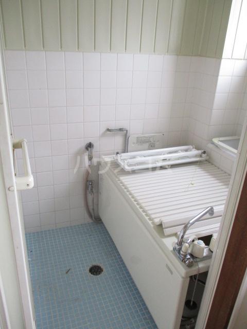 第一豊田ハイツ 3-A号室の風呂