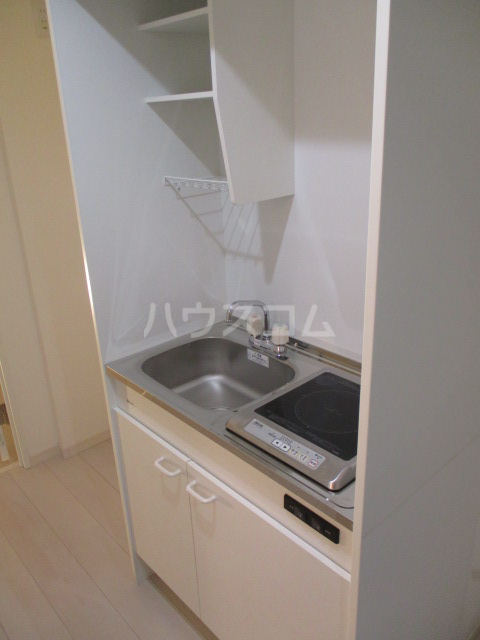 ブロッサムテラス池上 302号室のキッチン