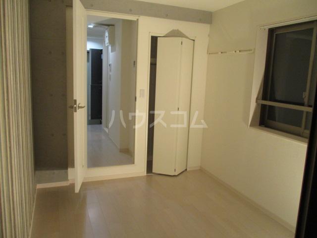 ブロッサムテラス池上 302号室の居室